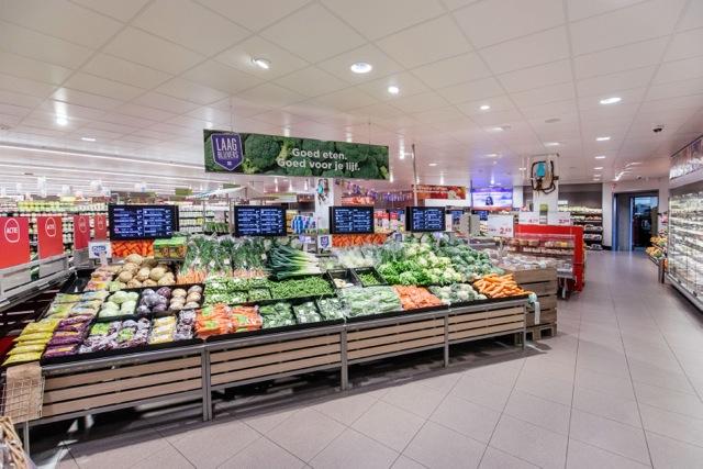 PLUS Retail store